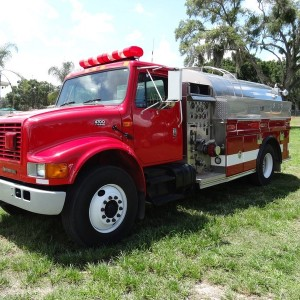 2001 International  4700 Water Tank 1500 Gls