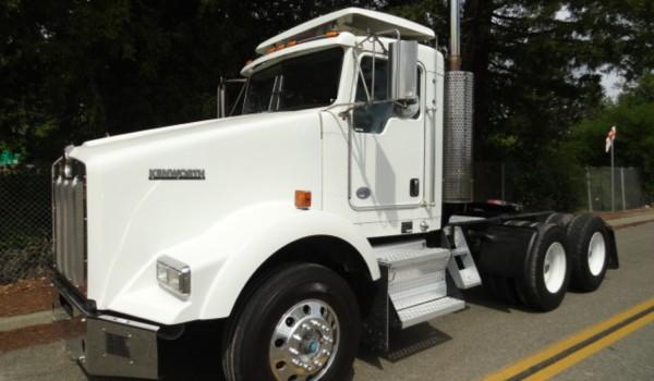 2013 Kenworth T800 3 Axle